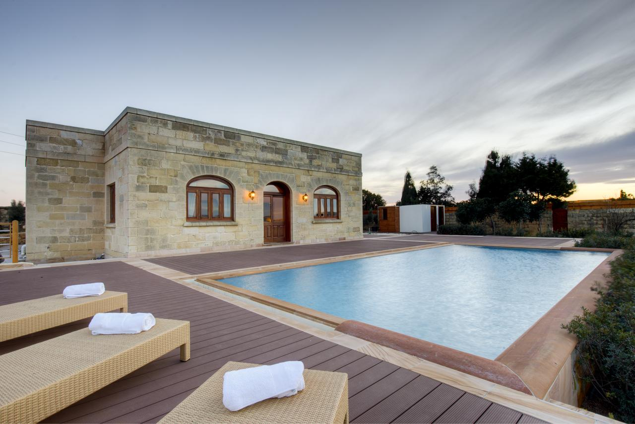 Angelica Holiday Villas Villa Munqar