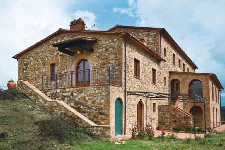 angelica-charming-holiday-cottage-catignano-01